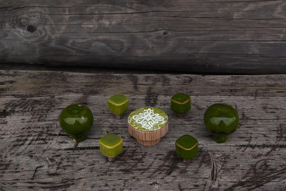 Zielone gałki meblowe - ceramiczne, emaliowane - DOT manufacture