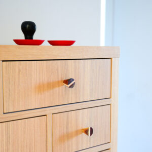 Eleganckie gałki do mebli - wielokolorowe drewno - DOT Manufacture